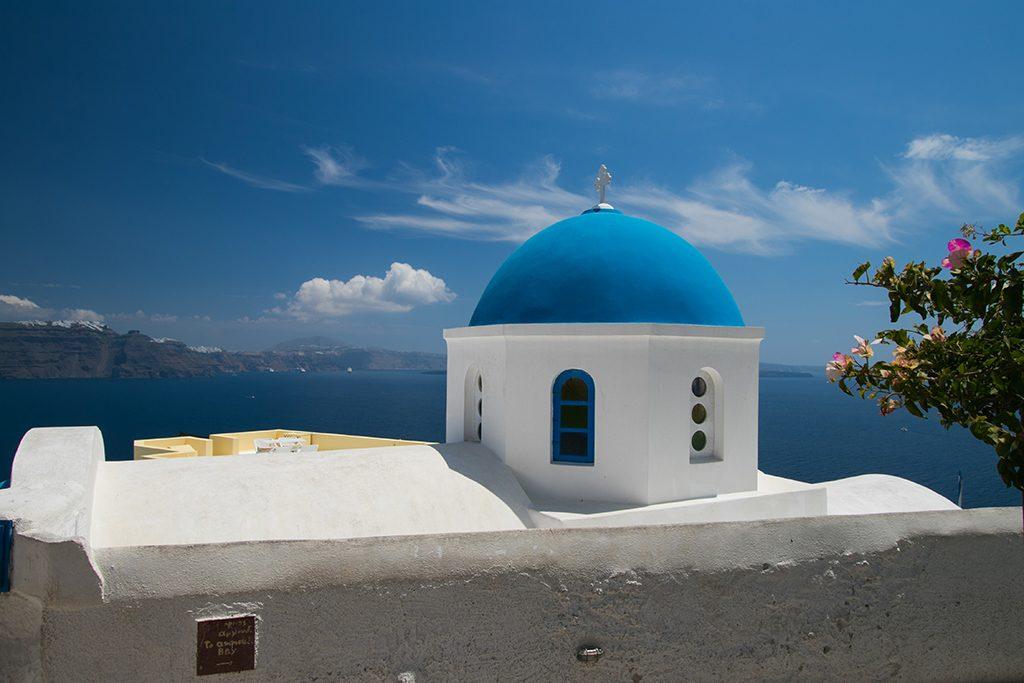 Santorin-eglise-bleu