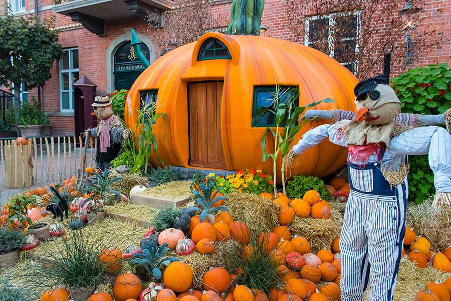 Halloween dans le jardin de Tivoli - Copenhague en Automne
