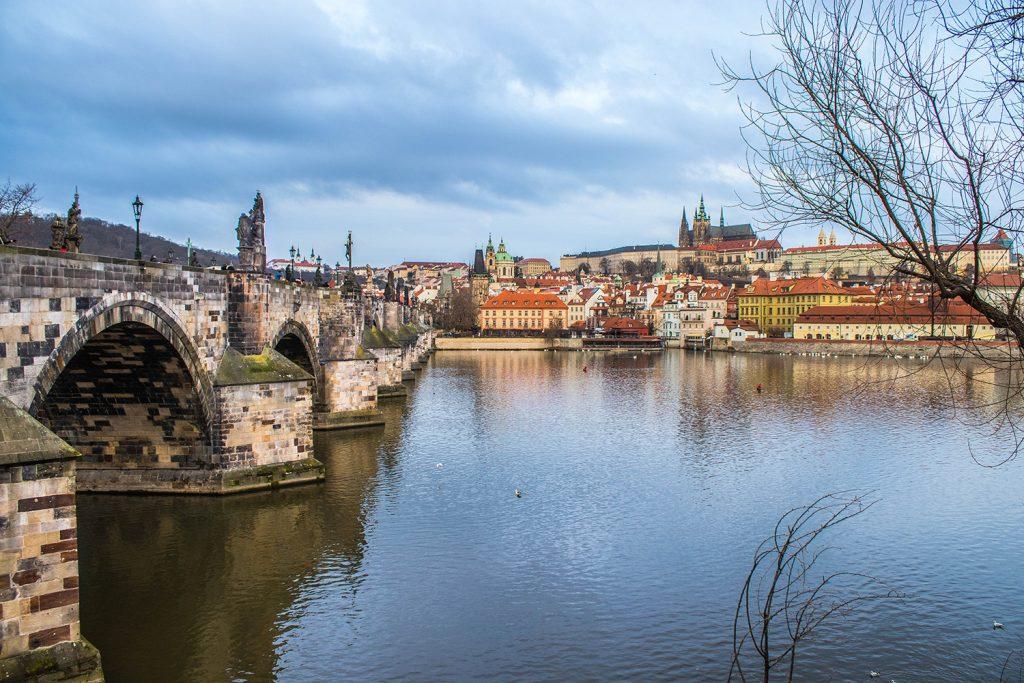 Prague, Nouvel an : Vu sur le Pont Charles - Marie Naudon