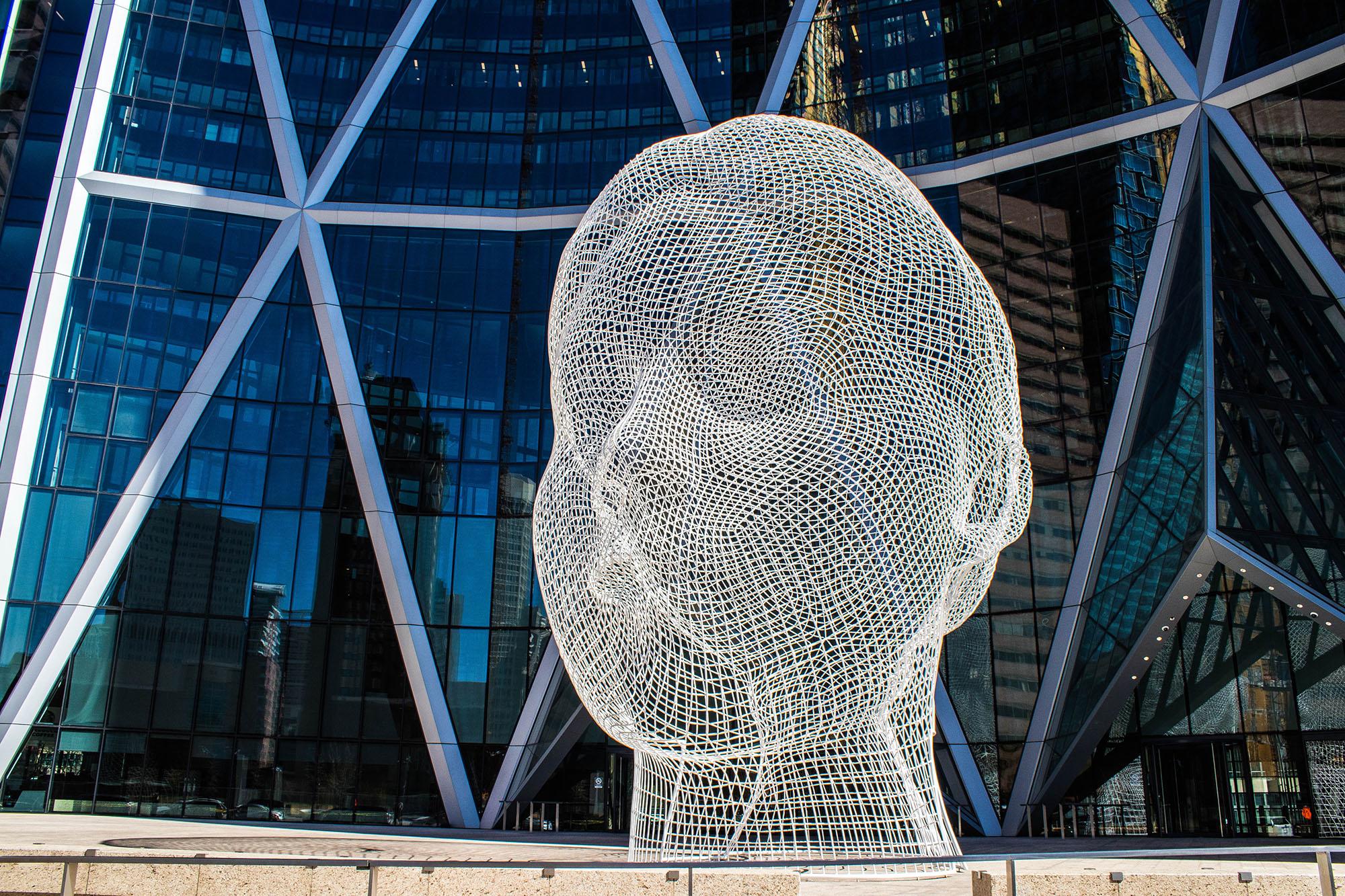 Wonderland Sculpture - La tête, Calgary