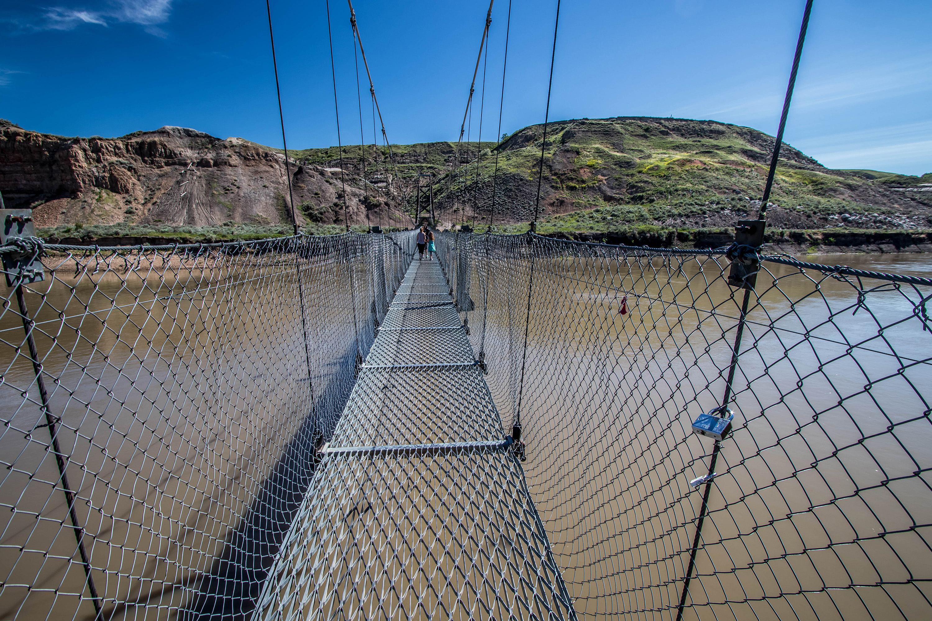 Suspension bridge, Badlands - Marie Naudon